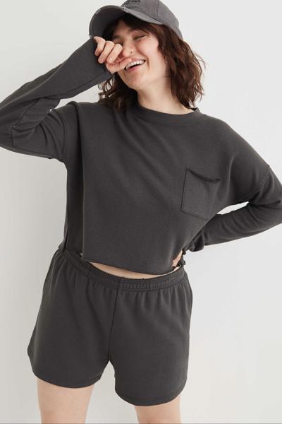 [여성] 포켓 라운드넥 크롭 티셔츠