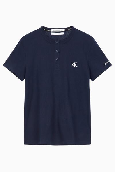 남성 CK 에센셜 헨리넥 반팔 티셔츠 J315064CHW