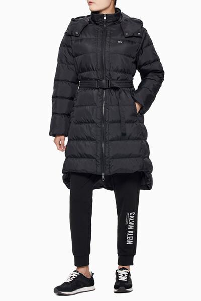 여성 그라디언트 로고 롱 렝스 다운 자켓