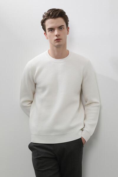 남성 울혼방 와플조직 크루넥 스웨터