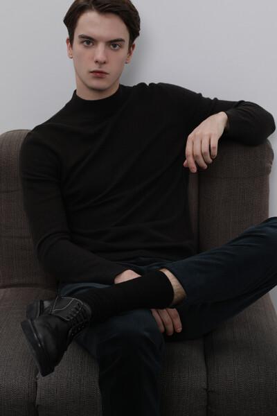 [남성] 울 솔리드 긴소매 니트 탑