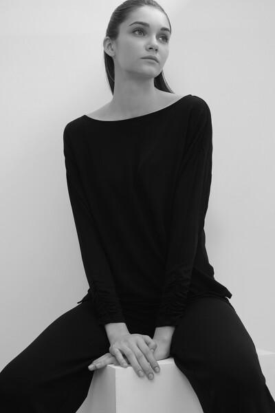 보트넥 셔링 티셔츠