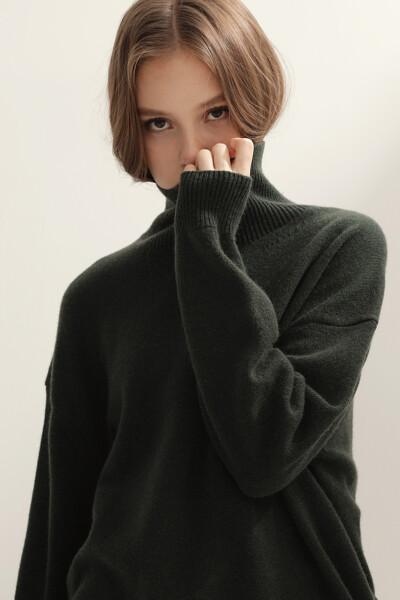 [여성] 캐시미어혼방 오버핏 라이트 터틀넥 탑