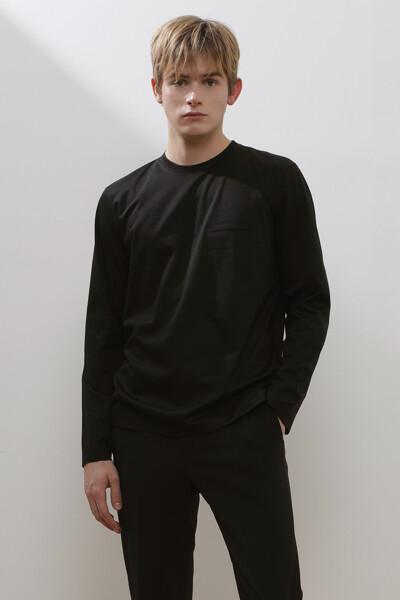 슬릿 포켓 티셔츠