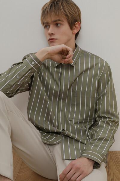 포켓 스트라이프 셔츠