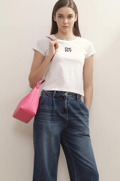 로고 반팔 티셔츠