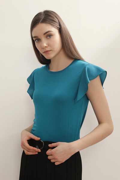 크루넥 슬리브리스 티셔츠