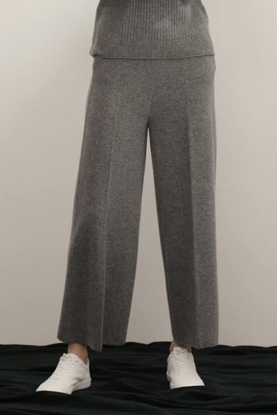 [여성] 캐시미어혼방 루즈 일자핏 베이직 스웨터 팬츠