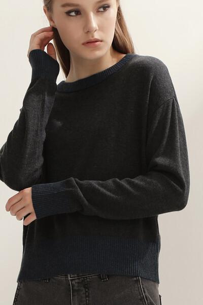[여성] 캐시미어혼방 레귤러핏 배색 니트 탑