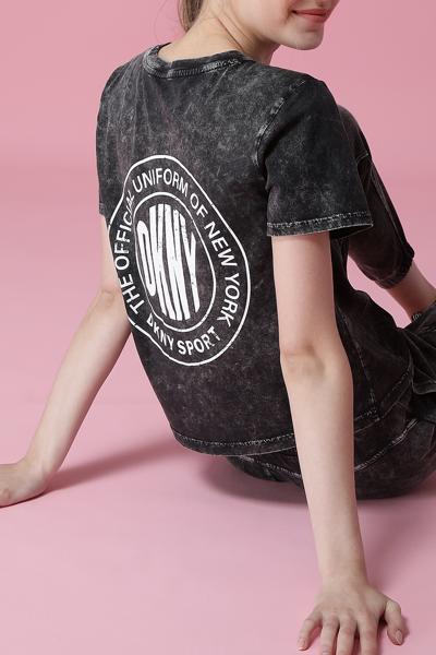 [여성] 코튼 백 로고 워시드 반소매 티셔츠