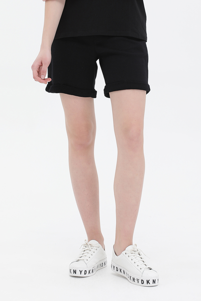 DKNY 스포츠 로고 패치 숏 밴딩 팬츠