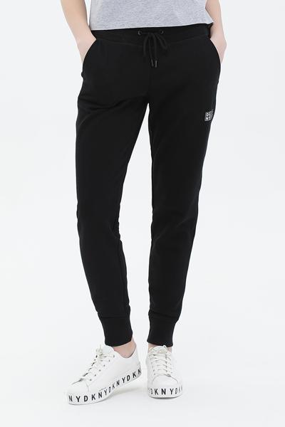 [여성] 스트레이트 DKNY 스포츠 로고 패치 조거 팬츠