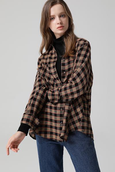 [여성] 면혼방 오버핏 체크 포켓 셔츠 블라우스