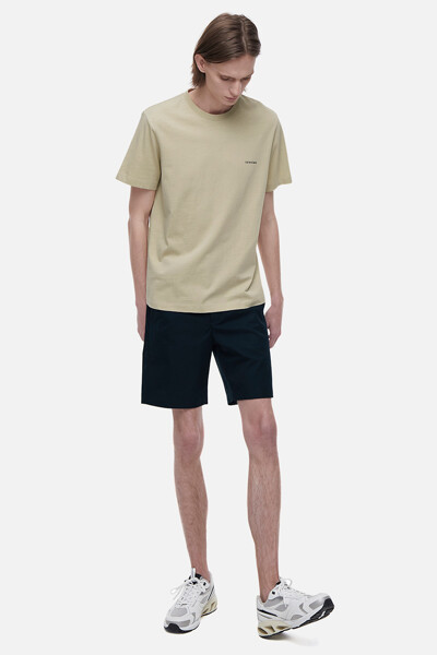 코튼 스몰 로고 에센셜 티셔츠