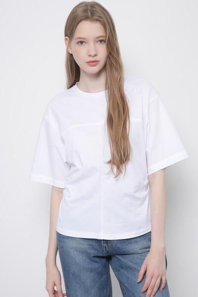 백 턱 반팔 티셔츠