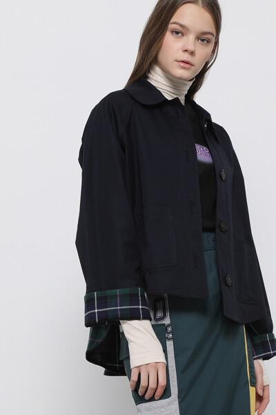 백 체크 숏 트렌치 코트