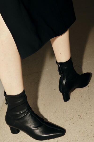 TIA Stretch Ankle Boots BLACK (JYSO1D902BK)