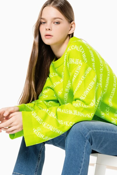 여성 올오버 로고 크루넥 스웨터 J217584-LAG J217584LAG