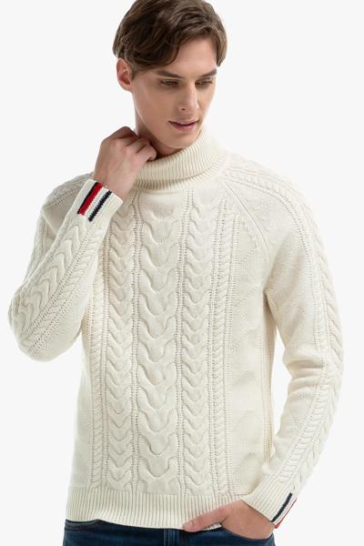 울혼방 케이블 터틀넥 스웨터