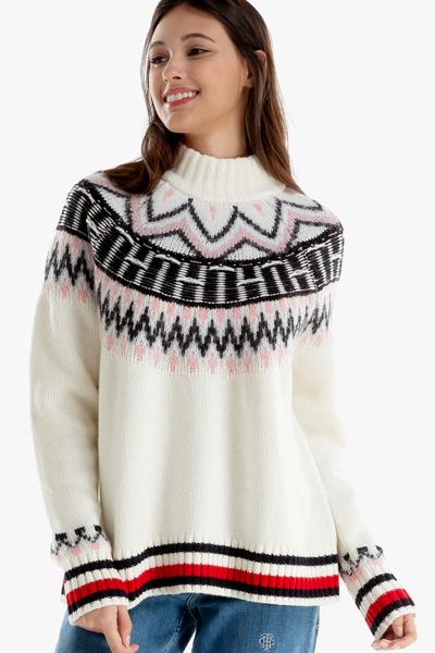 울혼방 로고 터틀넥 스웨터