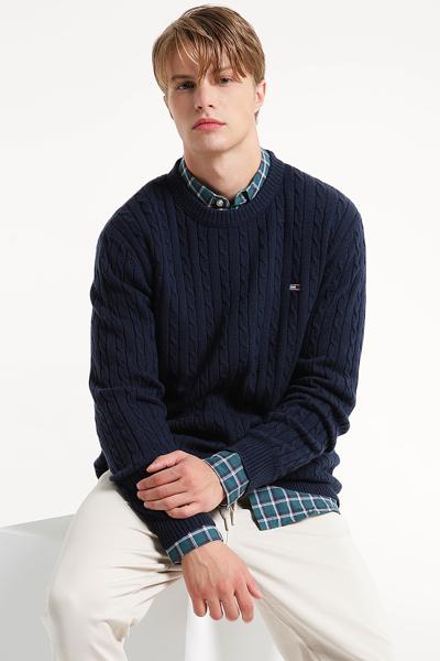 울 레귤러핏 케이블 스웨터