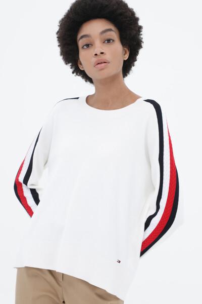 레귤러핏 스트라이프 스웨터