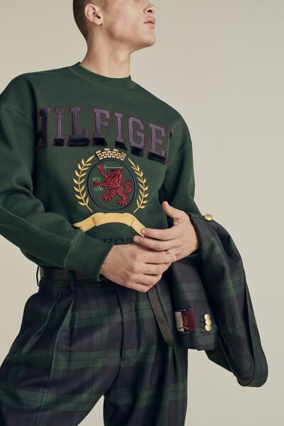 코튼 프린지 로고 크루넥 맨투맨 티셔츠