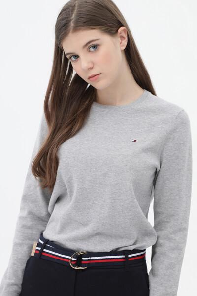 레귤러핏 라운드넥 스웨터