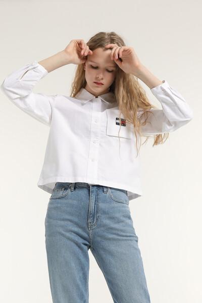 코튼 박시핏 뱃지 크롭 셔츠
