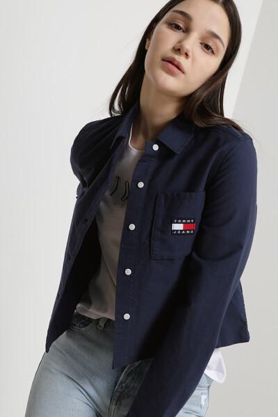 코튼 레귤러 로고 뱃지 셔츠