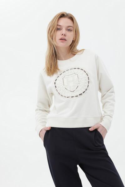 코튼 아이코닉 크레스트 스웨트셔츠