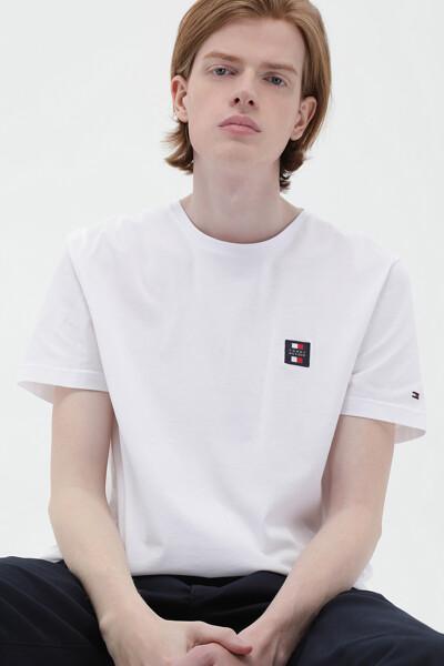 에센셜 뱃지 티셔츠