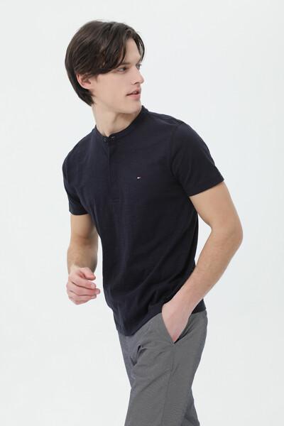 코튼 슬러브 헨리넥 티셔츠