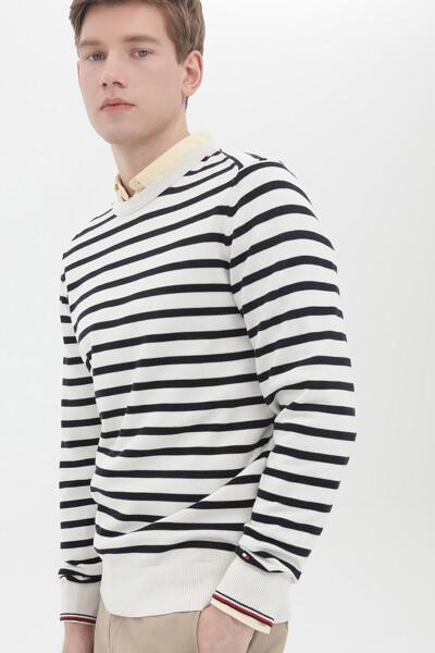 브레톤 스트라이프 스웨터
