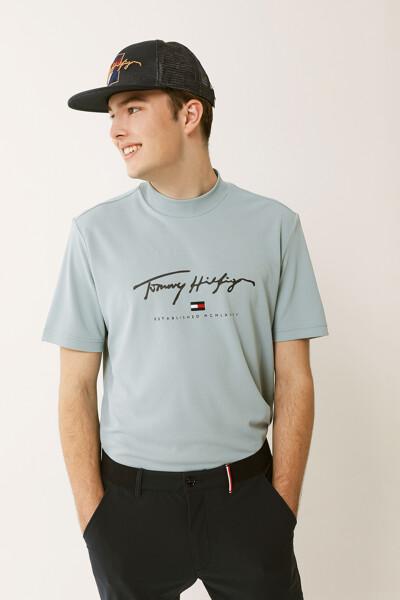 시그니처 플래그 하이넥 티셔츠