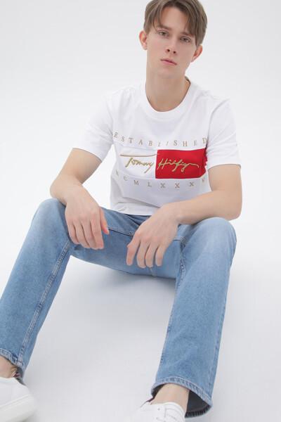코튼 릴렉스핏 시그니처 플래그 티셔츠