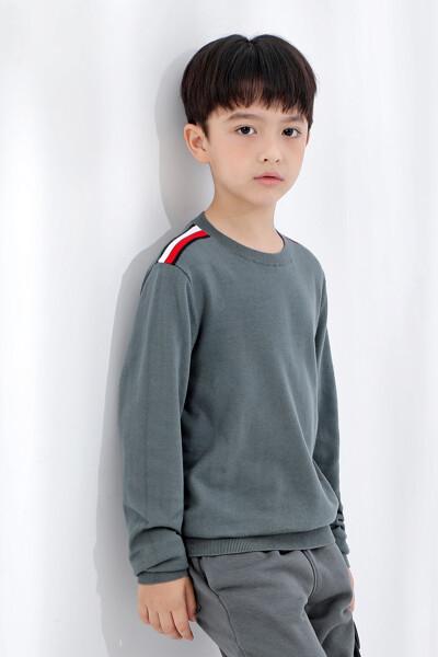에센셜 웜 스웨터