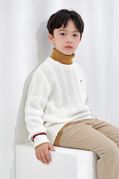 에센셜 케이블 스웨터