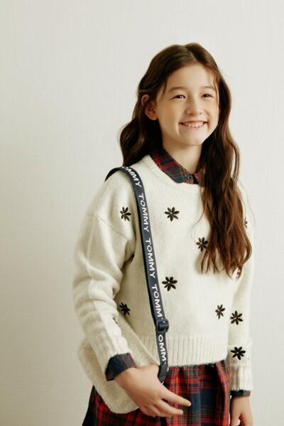 플라워 패턴 스웨터