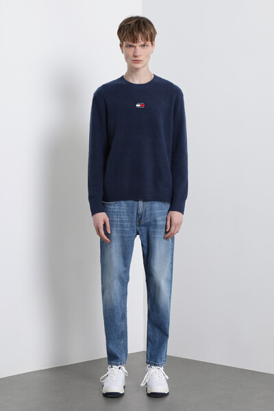 솔리드 뱃지 스웨터