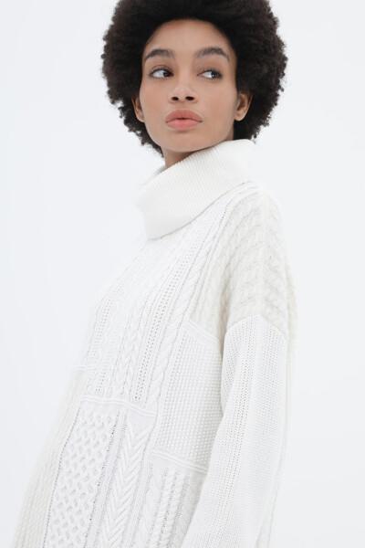 울혼방 케이블 믹스 롤넥 스웨터